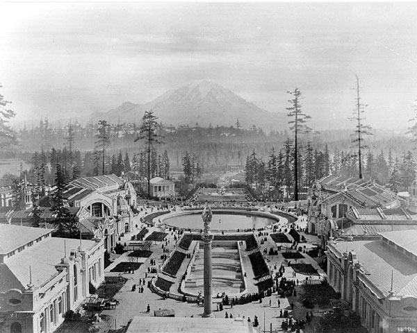 0912 Alaska_Yukon_Pacific_Exposition_-_Rainier_Vista
