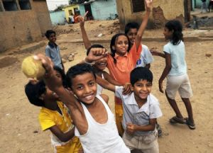 0109 India slum children